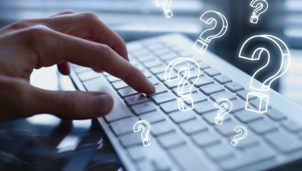 Tastatur Tippt Fragezeichen